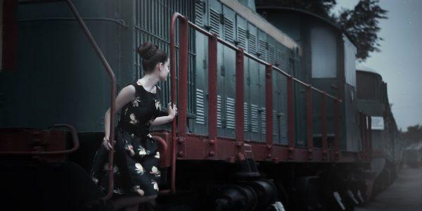 modnyye strizhki dlya zhenshchin (27)