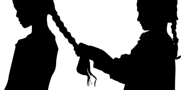 modnyye strizhki dlya zhenshchin (57)